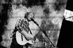 Эд Ширран: Концерт  на стадионе Уэмбли (Ed Sheeran Live From Wemble Stadium), Фото с концерта - фото 8786
